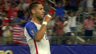 Watch Clint Dempsey tie Landon Donovan's all-time USMNT goal record with beautiful free kick