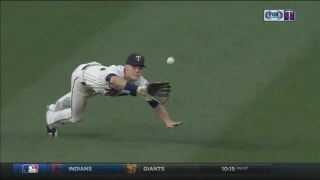 WATCH: Twins' Kepler makes another diving catch in right field