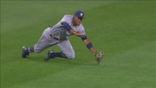 WATCH: Brewers' Broxton makes incredible diving catch