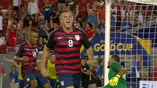 Jordan Morris: Playing with Clint Dempsey is 'an honor'