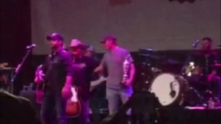 Jordan Spieth parties with Claret Jug at Dallas concert