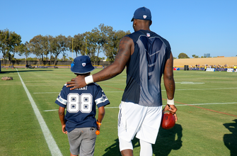 Images of WATCH: Dez makes young fan's birthday wish come true