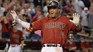 Ketel Marte scores a stand-up inside-the-park home run after friendly bounce