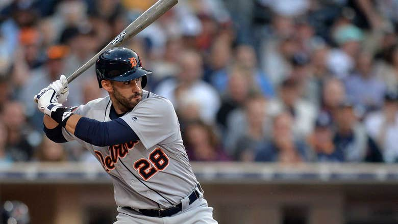 D-backs add power bat to heart of lineup by dealing 3 prospects for J.D. Martinez