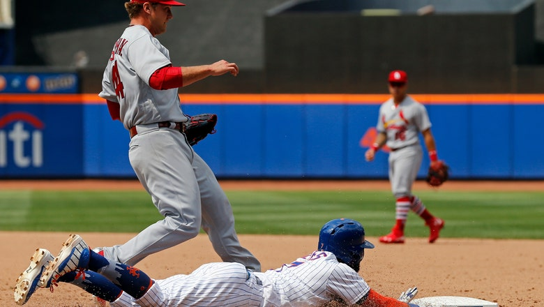 Rosenthal is late covering first, allows Mets' walk-off infield single