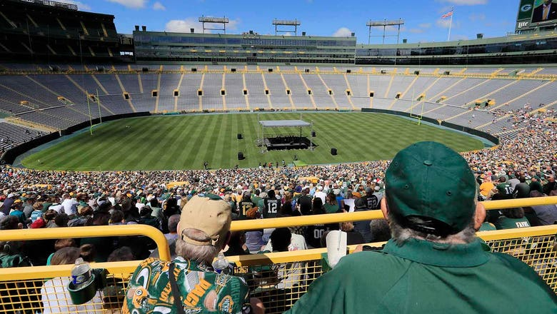 Meeting of Packers shareholders kicks off football season