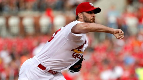 Cardinals disable pitcher Adam Wainwright