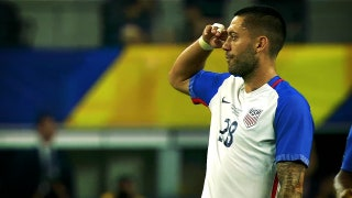 Dear Clint Dempsey: Please break the USMNT scoring record during the Gold Cup Final