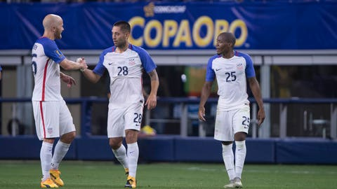 Dempsey at home, 1 goal from record