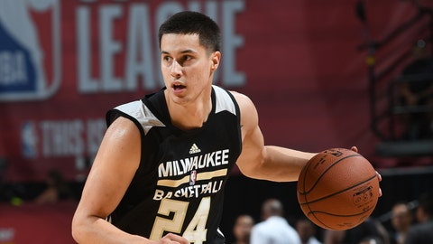 Bucks waive former Badgers star Bronson Koenig