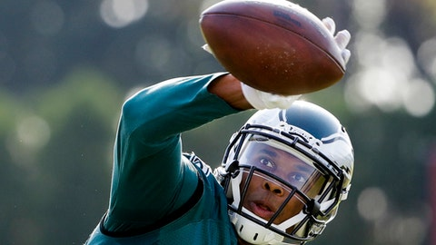 Philadelphia Eagles wide receiver Jordan Matthews catches a ball during an NFL football training camp in Philadelphia, Friday, Aug. 4, 2017. (AP Photo/Matt Rourke)