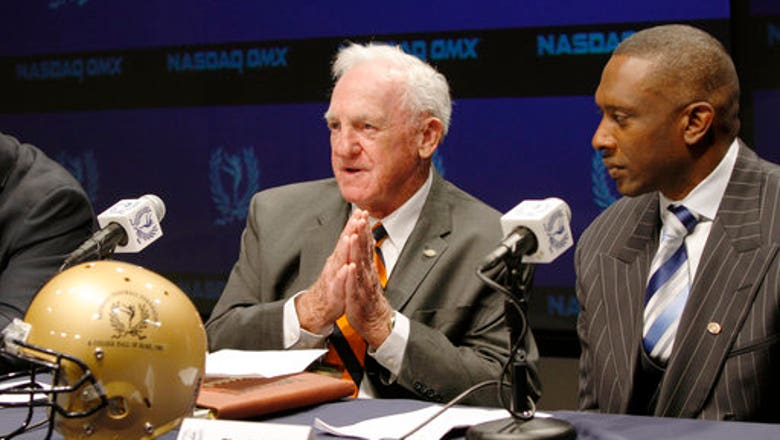 Former Syracuse football coach Dick MacPherson dies at 86