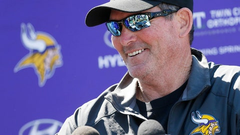Mike Zimmer, Vikings head coach (↑ UP)