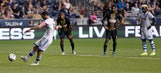Dzemaili leads Impact to 3-0 win over Union (Aug 12, 2017)