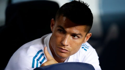 Real Madrid's Cristiano Ronaldo gestures prior the Spanish Supercup, first leg, soccer match between FC Barcelona and Real Madrid at the Camp Nou stadium in Barcelona, Spain, Sunday, Aug. 13, 2017. (AP Photo/Manu Fernandez)