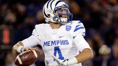 FILE - In this Oct. 22, 2016, file photo, Memphis quarterback Riley Ferguson throws to a receiver in the second half of an NCAA college football game against Navy in Annapolis, Md. Ferguson threw a school-record 32 touchdown passes last year. (AP Photo/Patrick Semansky, File)