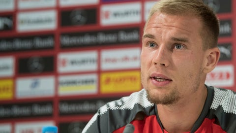 In this Aug. 7, 2017 file photo VfB Stuttgart's Holger Badstuber, speaks during a press conference in Stuttgart, Germany.  Stuttgart, which won the Bundesliga in 2007, was relegated in 2016 but bounced back straight away by winning the second division last season. The club has made a number of signings in an attempt to stay in the top flight this time: former Germany defenders Holger Badstuber and Dennis Aogo from Bayern Munich and Schalke, respectively; Brazilian defender Ailton; forwards Chadrac Akolo and Anastasios Donis; and Germany backup goalkeeper Ron-Robert Zieler.  ( Marijan Murat/dpa via AP,file)