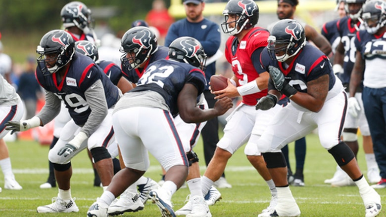Vrabel a hit in 1st year in charge of Texans defense
