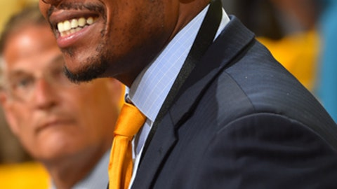 OAKLAND, CA - JUNE 01:  Former NBA player, Paul Pierce attends Game One of the 2017 NBA Finals between the Cleveland Cavaliers and the Golden State Warriors on June 1, 2017 at Oracle Arena in Oakland, California. NOTE TO USER: User expressly acknowledges and agrees that, by downloading and or using this photograph, user is consenting to the terms and conditions of Getty Images License Agreement. Mandatory Copyright Notice: Copyright 2017 NBAE (Photo by Jesse D. Garrabrant/NBAE via Getty Images)