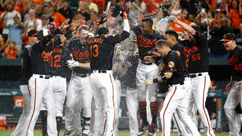 Baltimore Orioles: Manny Machado's slams Los Angeles Angels