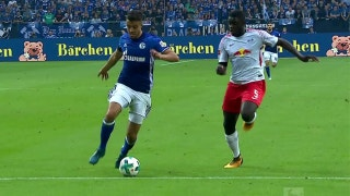 Schalke 04 starts Bundesliga off right with win over Leipzig