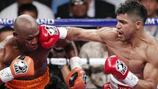 Victor Ortiz says Floyd Mayweather's power 'wasn't really as devastating, he wasn't as quick'
