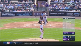 WATCH: Jesus Aguilar powers Brewers with pair of homers