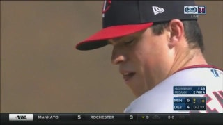 WATCH: Twins' Hildenberger notches first MLB save