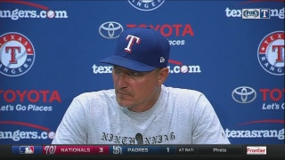 Jeff Banister talks Nomar's 'scare' in 4-3 loss to White Sox