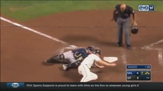 WATCH: Brewers' Perez, Pina hold off Giants with stellar defense