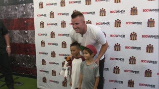 Angels Weekly: Mike Trout chats with kids at Body Armor event