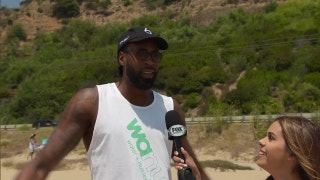 XTRA Point: Sun, fun and volleyball with DeAndre Jordan and friends
