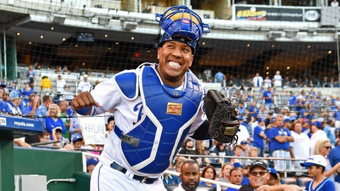 Royals' All-Star catcher Salvador Perez on DL with intercostal strain