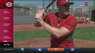 Adam Duvall demonstrates batting stance and swing mechanics
