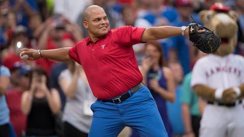 Texas Rangers Retire #7 of Pudge Rodriguez