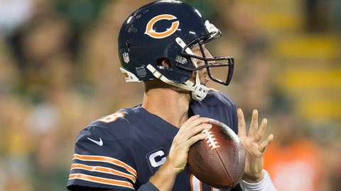 Sep 28, 2017; Green Bay, WI, USA; Chicago Bears quarterback Mike Glennon (8) prepares to throw the ball during the first quarter against the Green Bay Packers at Lambeau Field. Mandatory Credit: Jeff Hanisch-USA TODAY Sports