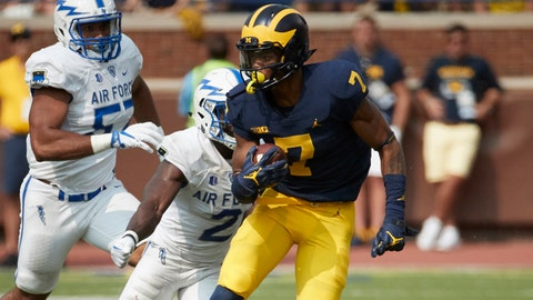 Sep 16, 2017; Ann Arbor, MI, USA; Michigan Wolverines wide receiver Tarik Black (7) rushes in the second half against the Air Force Falcons at Michigan Stadium. Mandatory Credit: Rick Osentoski-USA TODAY Sports