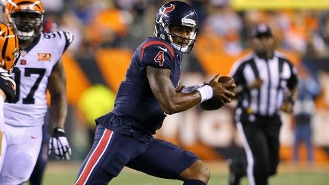 Sep 14, 2017; Cincinnati, OH, USA; Houston Texans quarterback Deshaun Watson (4) carries the ball against the Cincinnati Bengals in the second half at Paul Brown Stadium. Mandatory Credit: Aaron Doster-USA TODAY Sports