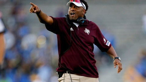 Arizona to Hire Former Texas A&M Head Coach Kevin Sumlin