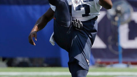 New England Patriots wide receiver Phillip Dorsett warms up during an NFL football practice, Tuesday, Sept. 5, 2017, in Foxborough, Mass. (AP Photo/Steven Senne)