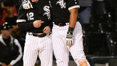 White Sox Light Up Royals