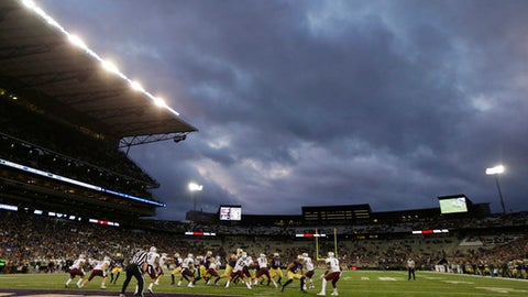 Washington and Montana play under a cloudy sky at Husky Stadium in the fourth quarter of an NCAA college football game, Saturday, Sept. 9, 2017, in Seattle. Washington won 63-7. (AP Photo/Ted S. Warren)