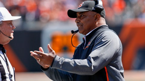 Cincinnati Bengals head coach Marvin Lewis, right, argues a call in the first half of an NFL football game against the Baltimore Ravens, Sunday, Sept. 10, 2017, in Cincinnati. (AP Photo/Frank Victores)
