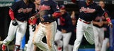Catch 22: Indians rally, win AL-record 22nd straight game (Sep 14, 2017)