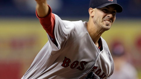 Boston Red Sox starting pitcher Rick Porcello delivers to the Tampa Bay Rays during the first inning of a baseball game Saturday, Sept. 16, 2017, in St. Petersburg, Fla. (AP Photo/Chris O'Meara)