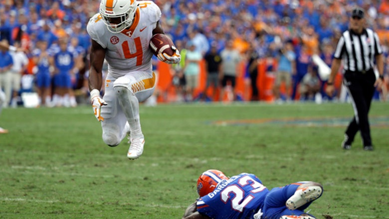Talkative Tennessee back John Kelly leads SEC in rushing