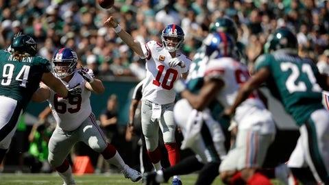 New York Giants' Eli Manning (10) passes during the first half of an NFL football game against the Philadelphia Eagles, Sunday, Sept. 24, 2017, in Philadelphia. (AP Photo/Matt Rourke)