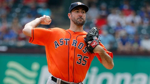 Houston Astros starting pitcher Justin Verlander (35) throws to the Texas Rangers in the first inning of a baseball game, Wednesday, Sept. 27, 2017, in Arlington, Texas. (AP Photo/Tony Gutierrez)