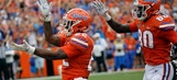Florida ties NCAA record by scoring in 365th straight game