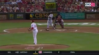 Cardinals' Dexer Fowler records 18th homer on two-run shot against the Reds